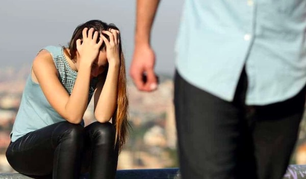 Glavni razlog zašto žene ostavljaju muškarce koje iskreno vole