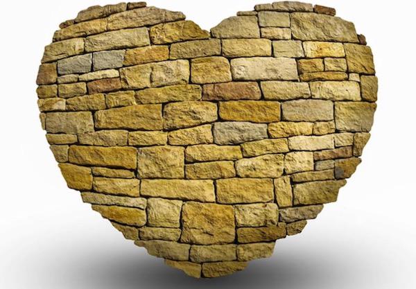 Zašto većina ljudi gradi zid oko srca?