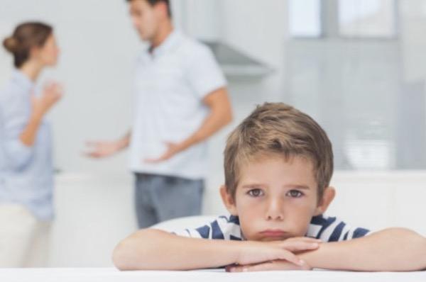 Da li je toksičan brak ili razvod, bolniji po decu?